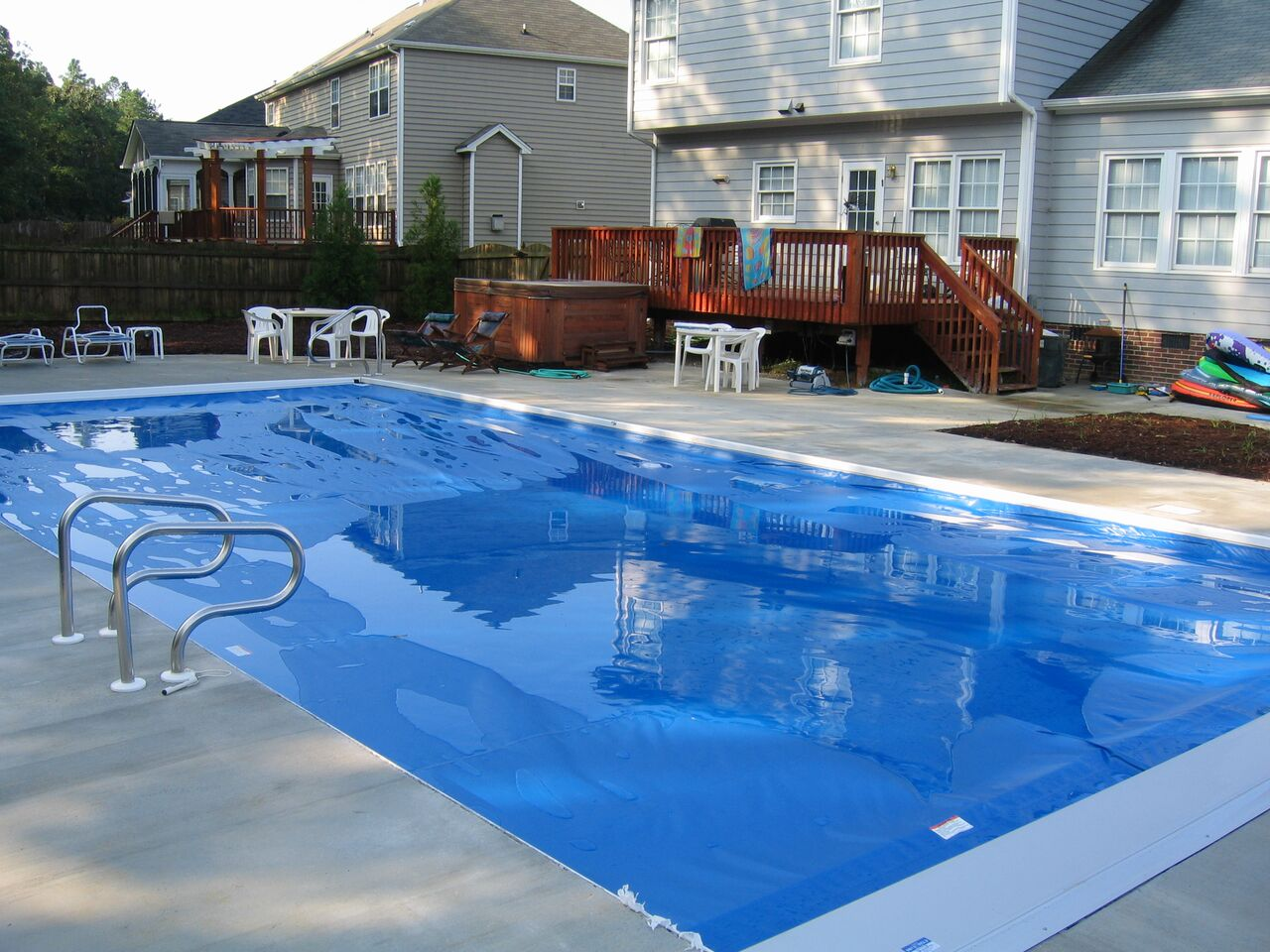 Raleigh vinyl pools above in ground swimming pools choice for Vinyl swimming pool