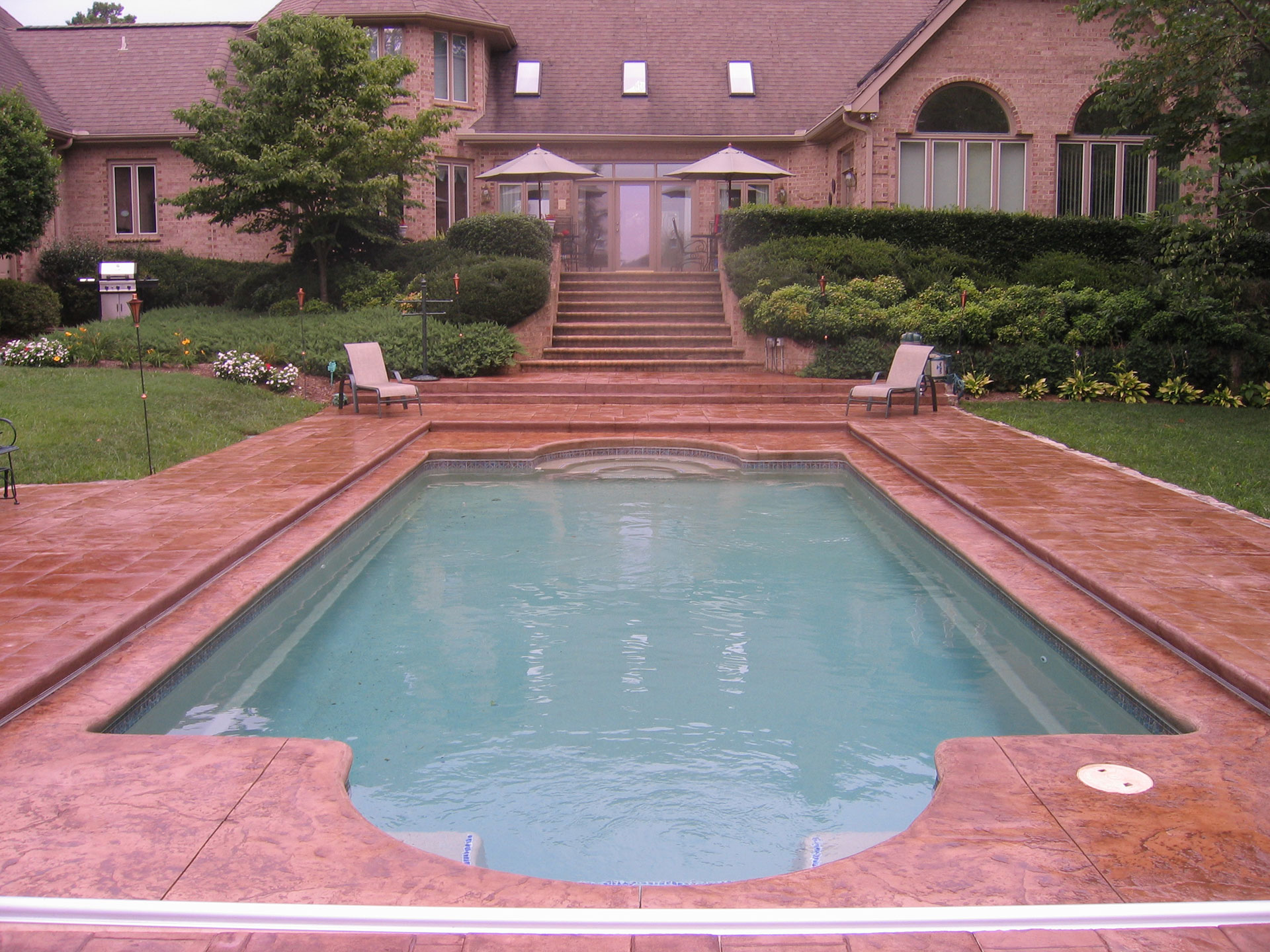 Raleigh swimming pool fiberglass above ground inground for Pool design raleigh nc